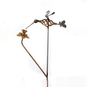 Hummingbird Daffodil stake | RS Welding Studio