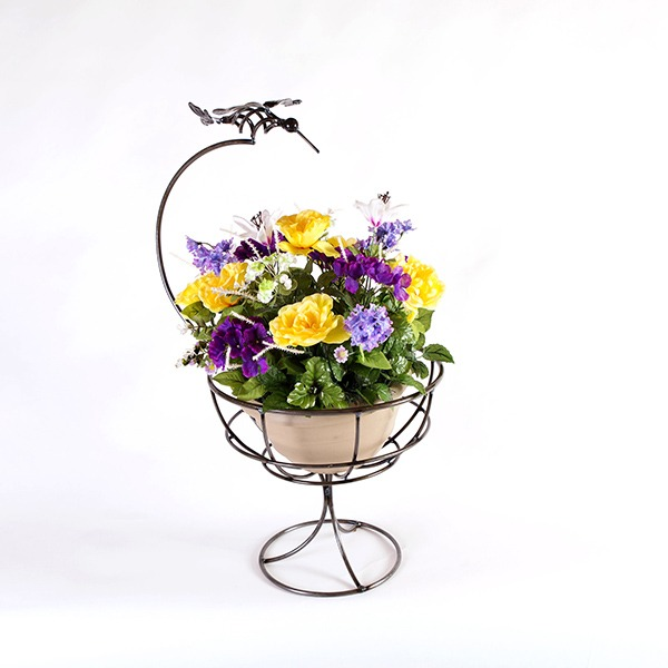 hummingbird planter | RS Welding Studio